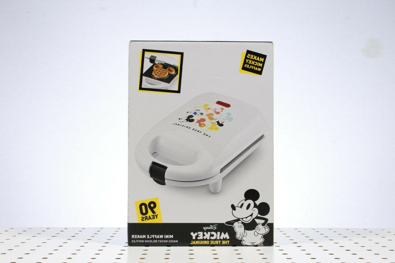 bnib mickey mouse 90 years mini waffle