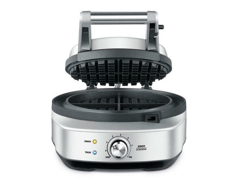 Breville BWM520BSS the No-Mess Waffle™ 4 Slice Waffle Make