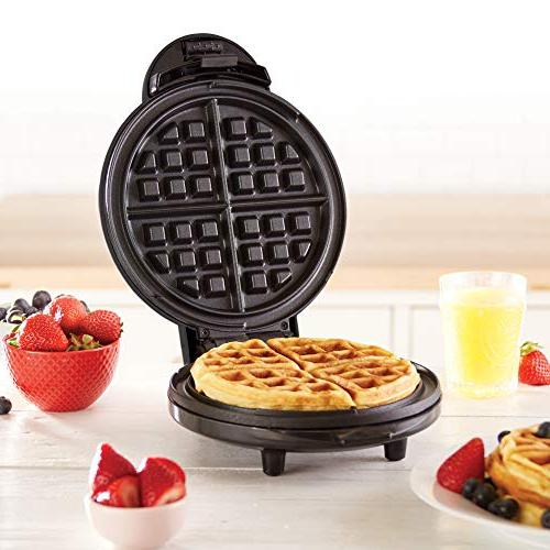 """Dash DEWM8100BK Express 8"""" Waffle Individual Paninis, Hash Browns + The go or Clean, Non-Stick"""