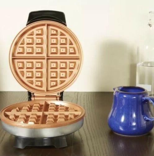 NEW Farberware Waffle Maker Iron Griddle Breakfast Dessert NEW