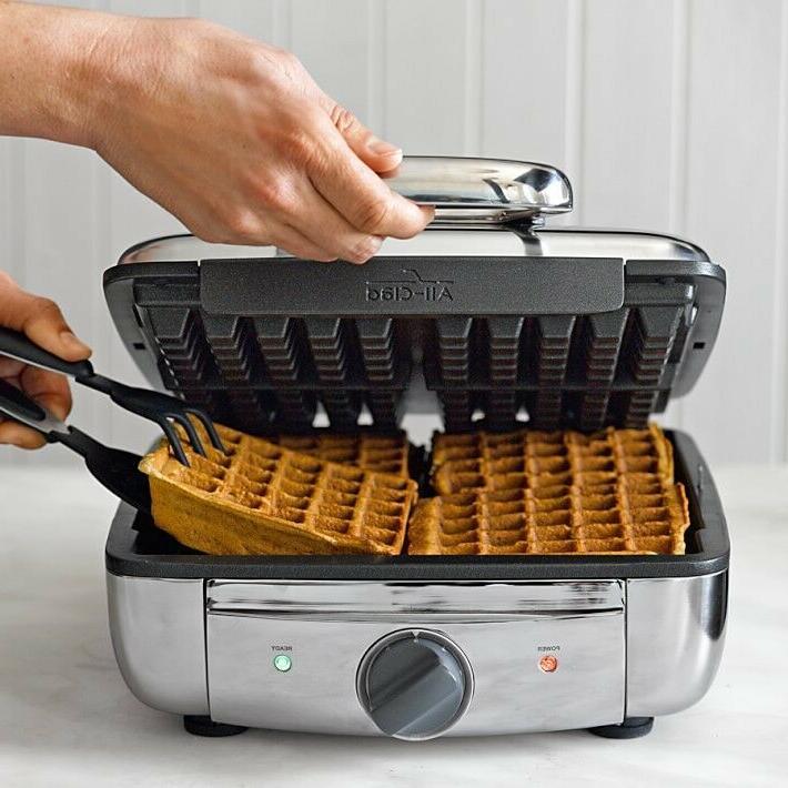 NIB 4 Square WAFFLE- 4 Chocolate;Classic Waffles-