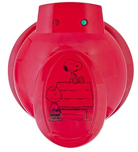 Smart Planet Snoopy Charlie Waffle Maker