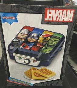 MARVEL Avengers Character Icon 4 Slice Waffle Maker MVA-281