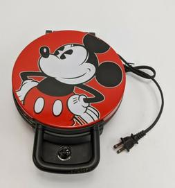 Disney Mickey Mouse Waffle Maker in Color Red 120 V 60Hz 800