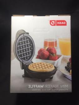 """Dash Mini 4"""" Waffle Maker Non Stick  350 Watts Silver Brand"""