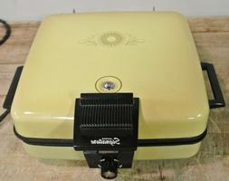 Waffle Maker Baker  Signature by Montgomery Ward #BE46033